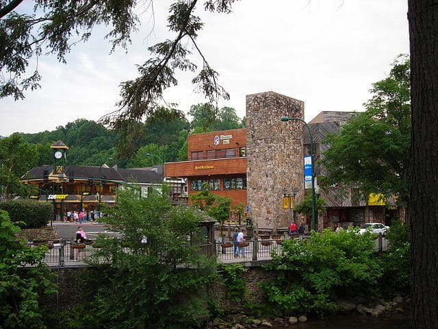 east tennessee travel guide, gatlinburg