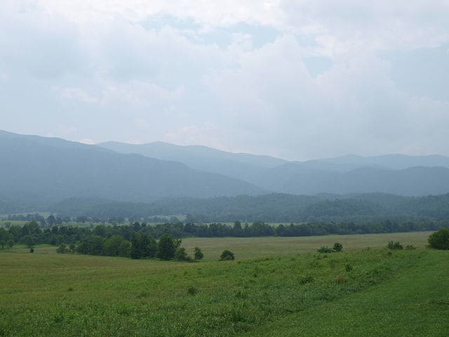east tennessee travel guide, cades cove