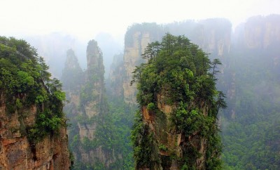 HALLELUJAH FLOATING MOUNTAINS ZHANGIAJIE CHINA