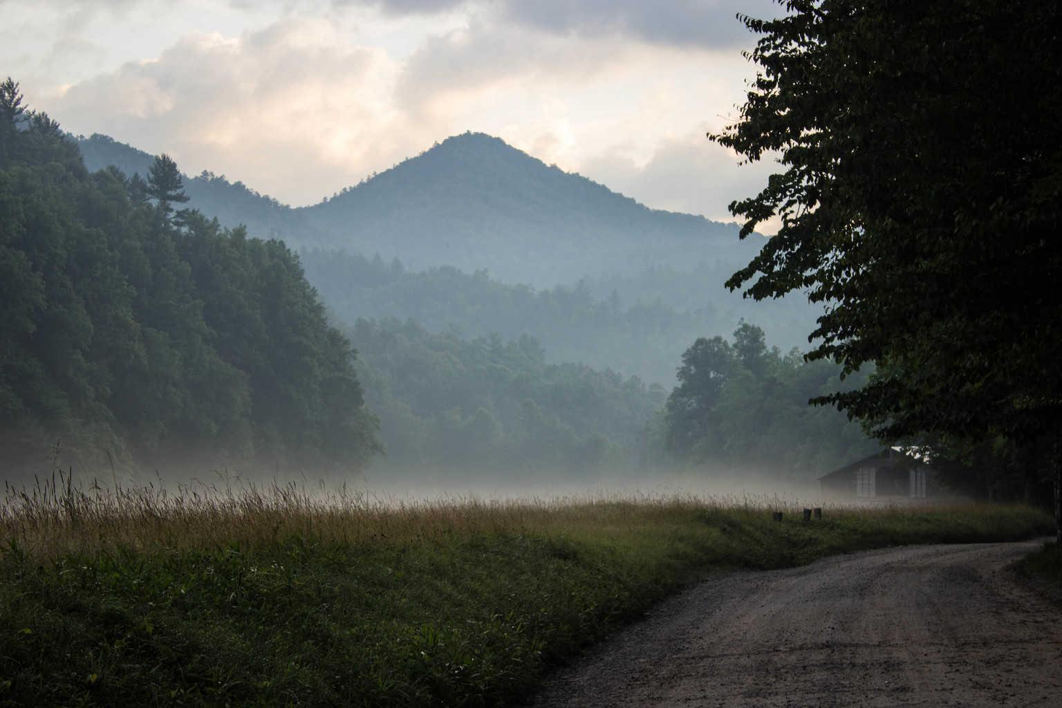 cataloochee valley smoky mountains road trip