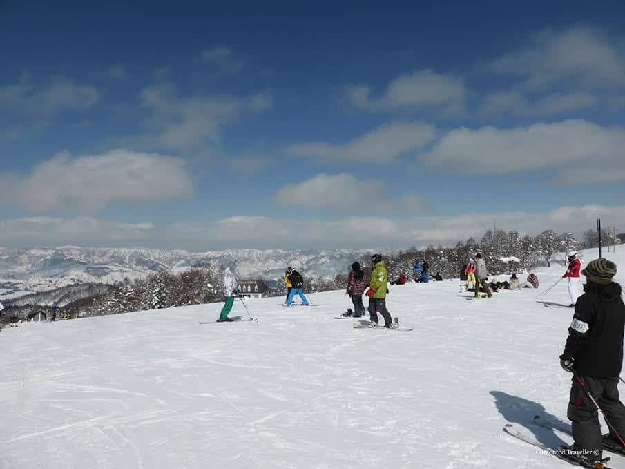 SKIING LOCATIONS IN JAPAN