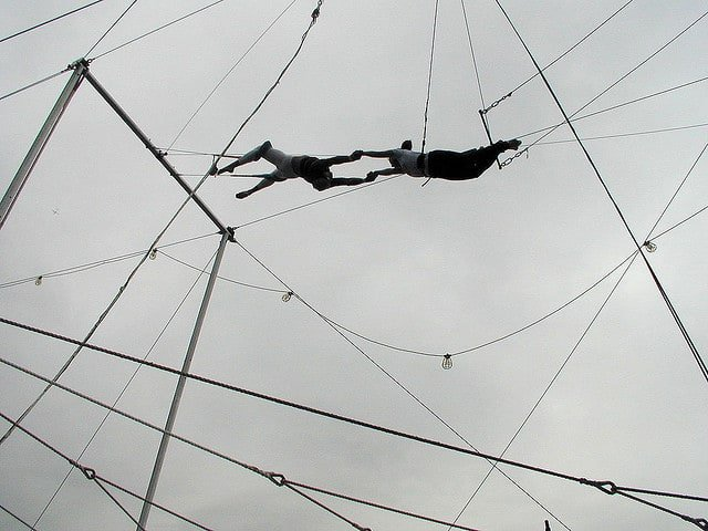 trapeze lessons