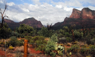 EXPLORING THE RED ROCKS OF SEDONA, ARIZONA